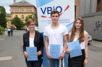 Tamaris Franke Fonthina, Valentin Krüger und Elena Hilgers bei der Verleihung des Karl-von-Frisch-Preises 2015